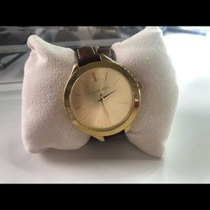 Used MK2256 Runway Slim Double Leather Watch